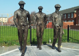 Titanic Dock Workers (3)